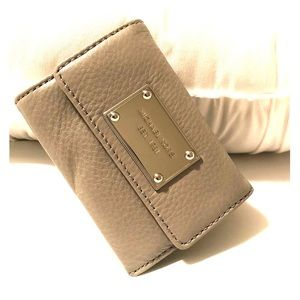 MK Coin-purse • Pearl Grey